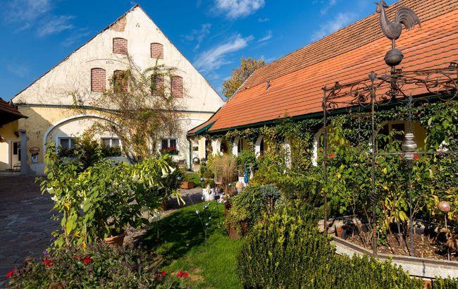 Frühstückspension Arkadenhof, Familie Häusler