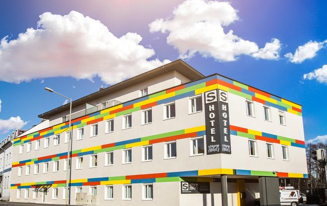 sHome SRS Immobilien GmbH